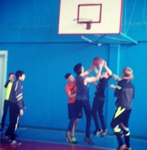 В рамках месячника «Молодёжь за ЗОЖ». Баскетбольный матч