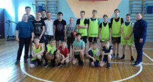 Матчевая встреча по баскетболу среди девочек и мальчиков  7-8 классов, приуроченная ко Дню космонавтики