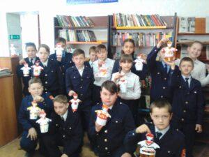 Кадеты 5 класса участники  всероссийской  акции «Библионочь»
