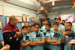 Экскурсия в музее отряда юных космонавтов «Кондор»