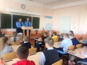 Юные космонавты МБОУ «СОШ №6» торжественно отметили 90 – летие Андрияна Григорьевича Николаева.
