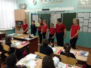 15 октября обучающиеся   4 «А» класса МБОУ «СОШ№6»  провели акцию  «День чистых рук»!