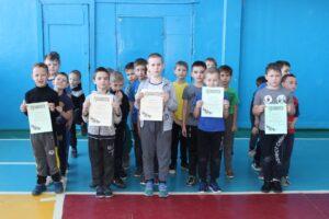 В МБОУ «СОШ № 6» состоялось спортивное мероприятие «А ну-ка, мальчики!» среди учащихся 1-2, 3-4 классов